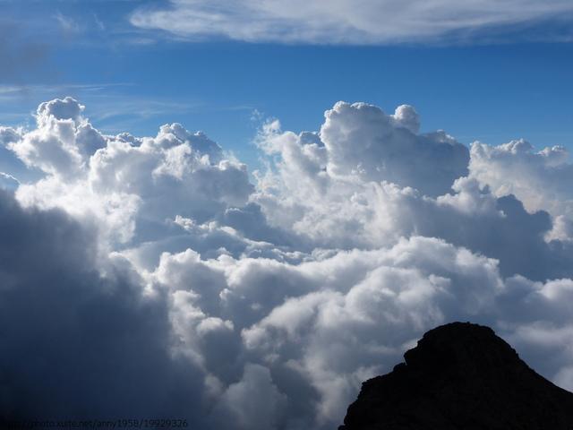 P1430227.JPG - 玉山三日遊之3:排雲山莊至玉山主峰
