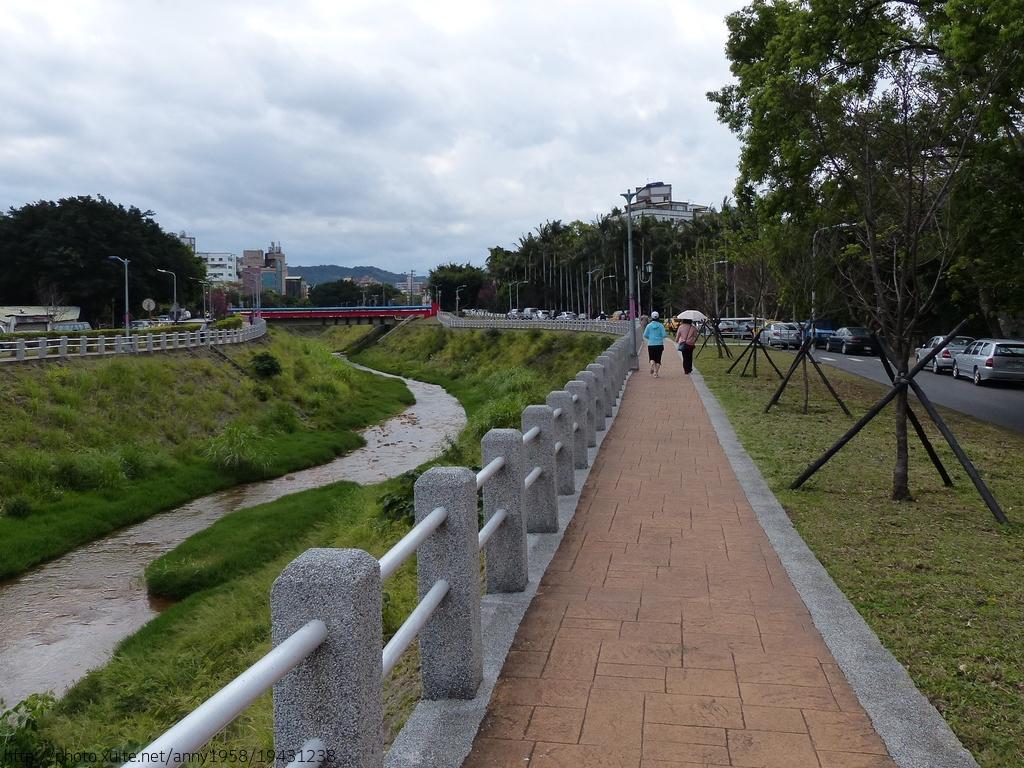磺溪彩虹健康步道~山櫻:磺溪1-20150210.JPG