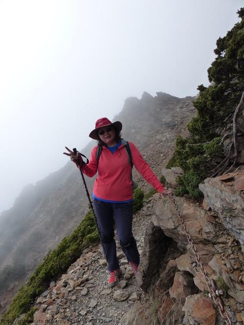P1430181.JPG - 玉山三日遊之3:排雲山莊至玉山主峰