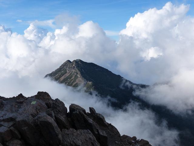 P1430226.JPG - 玉山三日遊之3:排雲山莊至玉山主峰