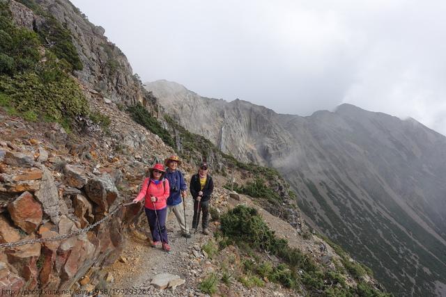 DSC01679.JPG - 玉山三日遊之3:排雲山莊至玉山主峰