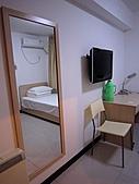 北京235民宿:有個穿衣鏡,有電視