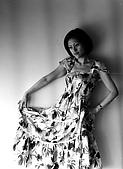 M42黑白的我:漂亮裙子