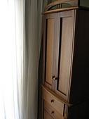 2008 新家照:詩肯的化妝櫃~有個女人硬要買的~希望時間能証明他的決定是對的