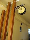 2008 新家照:西班牙帶回來的鐘~fu還不錯~