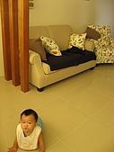 2008 新家照:我外甥~入新居那天來我家作客~順便擦地板~舅舅愛你呀