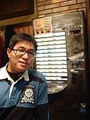 [3/6] 日本東京經典遊:池袋拉麵店吃拉麵~還要用眅賣機點餐餒~新奇~