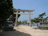 20080526 廣島與宮島:入口處的鳥居與石獅子