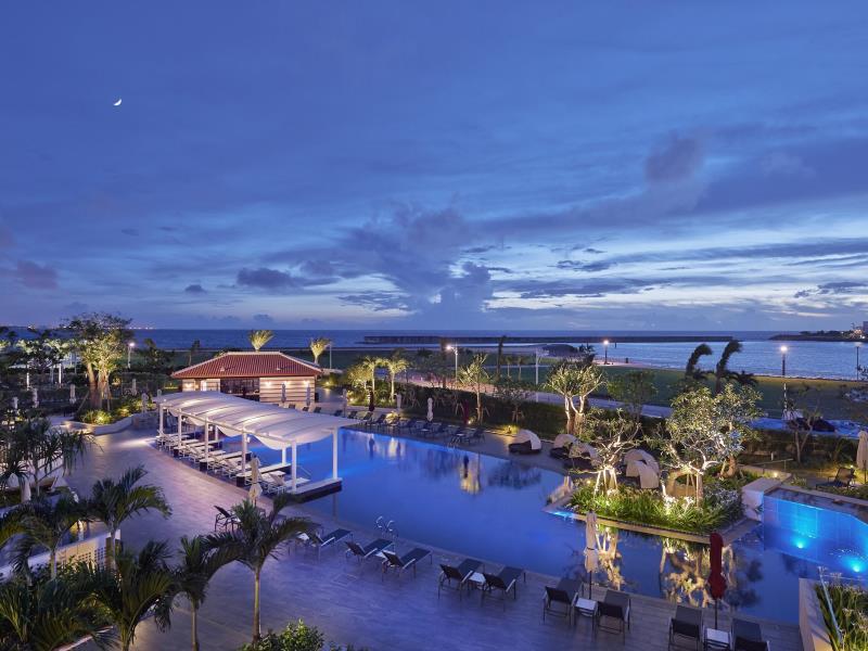 沖繩海濱飯店(美國村、宜野灣、沖繩南部):沖縄北谷希爾頓度假飯店 (Hilton Okinawa Chatan Resort)_02.jpg