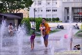 苗栗市府廣場噴泉戲水池:DSC_6657.JPG