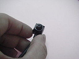 竊聽器及針孔檢查發現案例:低照度針孔器2500.jpg
