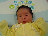 圓嘟嘟剛出生至滿月時...:DSC00184.JPG