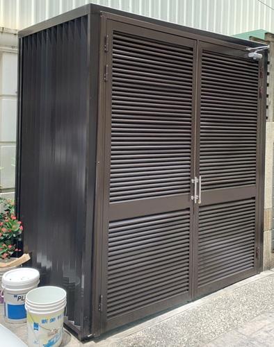 鋁合金格柵雙開防盜門設計 - 工程實績 -新平路玻璃欄杆+裝潢板包板& 大雅月祥路雙開格柵設計防盜門