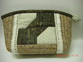 非玩布可:喜佳機縫拼布初級3-領結巧妝包