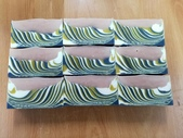 手工皂作品:雙層間格條紋皂