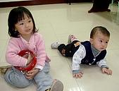 兒童小組:芸芸和弟弟
