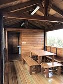 木屋:木屋 木桌椅