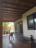 山田小草木作場精選集:採光罩下鋪板,遮陽效果最佳,並有木屋的整體感覺