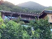 採光罩。遮雨棚:南方松木結構採光罩 (2).jpg