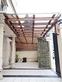 採光罩。遮雨棚:南方松木結構採光罩 (3).jpg