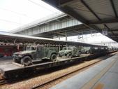 老火車頭:火車載兵車