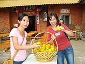 新竹海岸線&吃道地美食:二位歐巴桑要去買菜嗎?