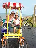 新竹海岸線&吃道地美食:你們是坐在那遮陽嗎?