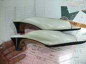 Ferragamo包包 鞋子洗滌整染前後照片:創盛專業精品清洗~專業洗包包~名牌包包保養維修~ferragamo漆皮鞋整染前