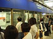 970712香港自由行1:到香港囉~先坐航廈接駁列車