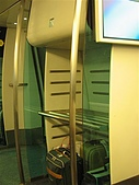 970712香港自由行1:放行李的地方