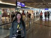 :在香港機場等待轉機