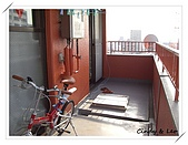 日本小窩:從另一面看陽台