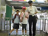 日本北海道自由行:072親切的站務人員.jpg