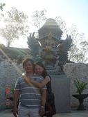 峇里島蜜月行五日遊:峇里島蜜月行~守護神廟外的小石雕