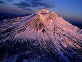 未分類相簿:Aerial View of Mount Shasta, California