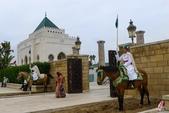 北非摩洛哥:DSC_2547(p)穆罕默德五世陵寢的皇家騎兵隊_副本.jpg