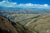 金秋北疆遊《二》:DSC_3177穿越天山山脈.jpg