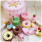 Mother garde:mother garden 兒童過家家木制玩具 草莓甜甜圈派對組.jpg