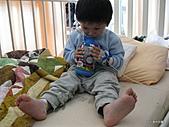 元元生活專輯:元元生病了醫生叔叔說要打針可是很痛呢4.JPG