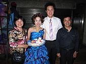 筑靜訂婚宴與結婚:爸媽和新郎新娘合照