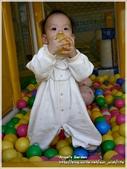 Cherry 4 age birthday party:這不是橘子耶~~弟弟
