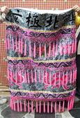 文轎罩、武轎蓬、滴水、轎眉、轎棍彩、娘傘、日月扇(宜蘭神佛繡莊):提花布娘傘