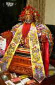未分類相簿(宜蘭神佛繡莊):五年千歲─侯千歲(疊椅+全手工三條蔥神衣)