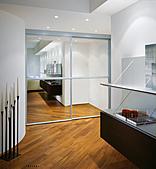 ▄ ▃ ▂ 大光興不鏽鋼門窗金屬工程有限公司▂ ▃ ▄ :增加大室內空間之鏡面隔間門.jpg