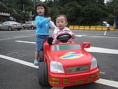 祐祐一歲一個月,婷兒兩歲六個月:照片 010.jpg
