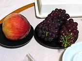 黑部立山:超好吃的水密桃跟無子葡萄