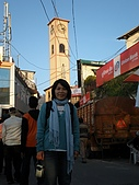 2008 india trip:Cannie in front of Clock Tower-2.JPG